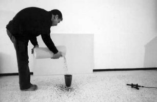 Mustapha Boujemaoui, performance SuperTea, Rabat, 2003.